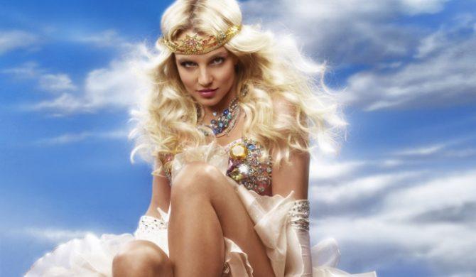 Britney Spotka Się Z Królową?