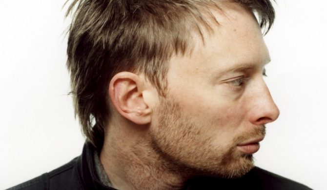 """Na żywo: Thom Yorke: """"The Daily Mail"""", """"Mouse Dog Bird"""", """"Give Up The Ghost"""" [video]"""