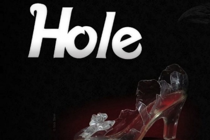 Posłuchaj nowego kawałka Hole!
