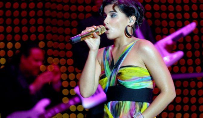 Nelly Furtado Nagrywa W Różnych Językach