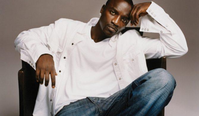 """Akon: """"Jackson Będzie Grał Z Playbacku"""""""