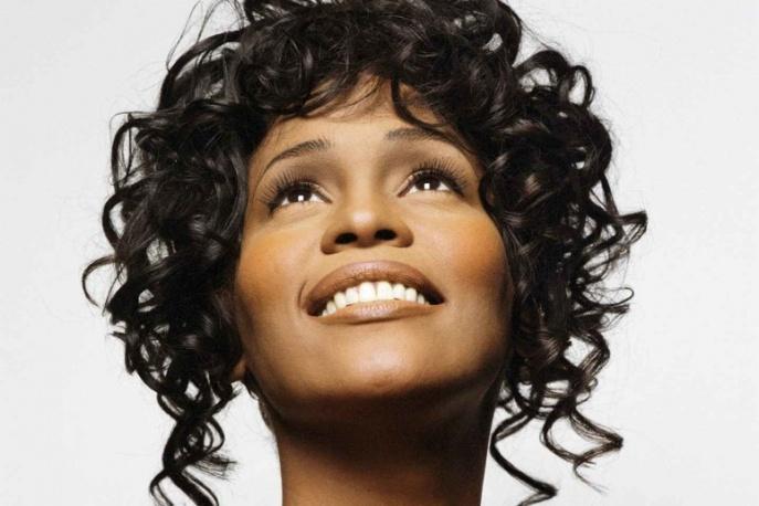 Whitney Houston w duecie z dzieckiem [video]